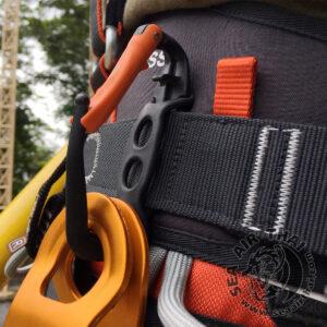 ห่วงเกี่ยวอุปกรณ์ Hammer holster ใช้สำหรับคล้องอุปกรณ์ส่วนบุคคล เช่น ถุงมือ หมวกนิรภัย ขวาน ค้อน ฯลฯ Climbing Technology