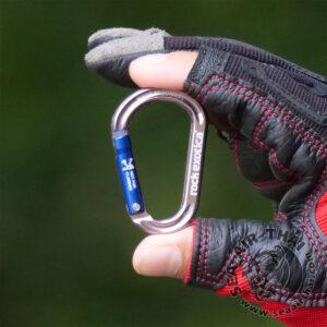 คาราบิเนอร์อลูมิเนียมขนาดเล็ก ปากเปิดชนิด Non-locking Carabiner สำหรับคล้องเกี่ยวอุปกรณ์การทำงาน หรือพวงกุญแจ ห่วงคล้องเกี่ยวที่ติดตัวไว้ใช้ได้ทุกที่ Rock Exotica